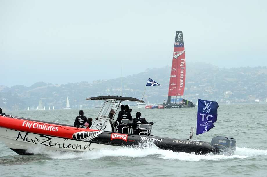 Emirates Team New Zealand experienced a problem with their jib sail and had to cut it lose during their race against Luna Rossa Challenge during The Louis Vuitton Cup.