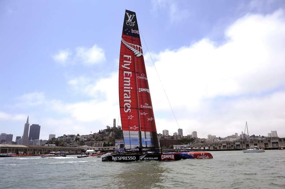 Despite losing their jib sail, Emirates Team New Zealand won their race against Luna Rossa Challenge during The Louis Vuitton Cup.