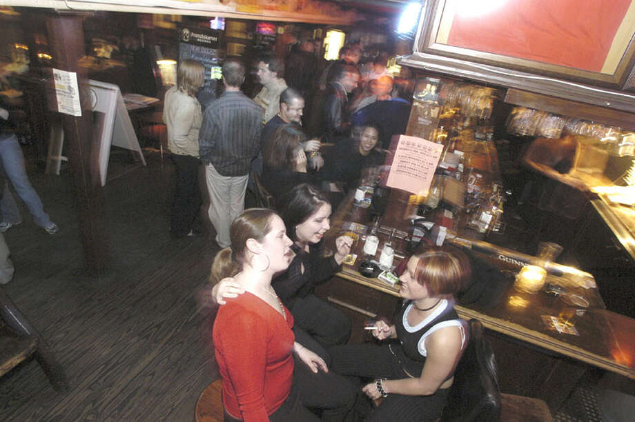 Inside Richmond Arms. Photo: Bill Olive, FOR THE CHRONICLE / FREELANCE