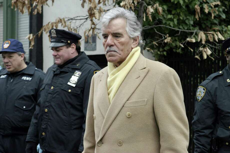 Dennis Farina as Det. Joe Fontana in Law& Order. Photo: NBC, FILE / © NBC Universal, Inc.