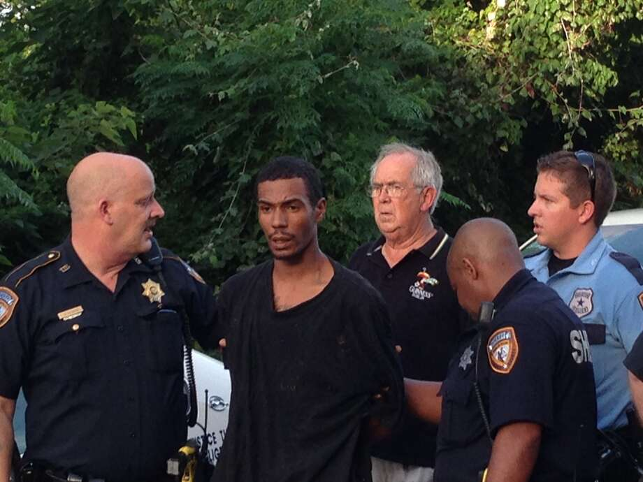 Johnathan Richmond was on the loose for two hours on Monday. (Mike Glenn/Chronicle)