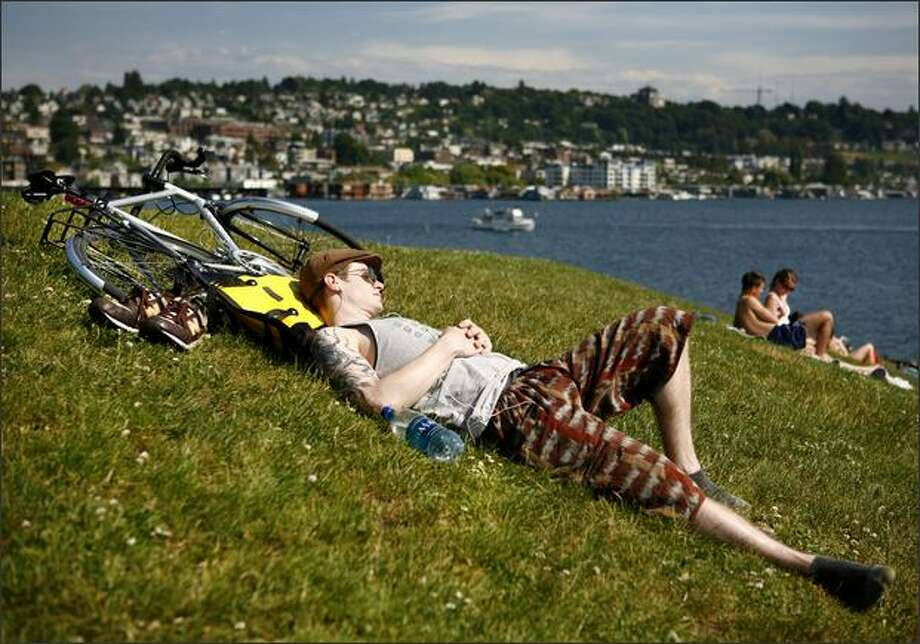 Love: No humidity. (Photo: Gas Works Park). Photo: Joshua Trujillo / seattlepi.com