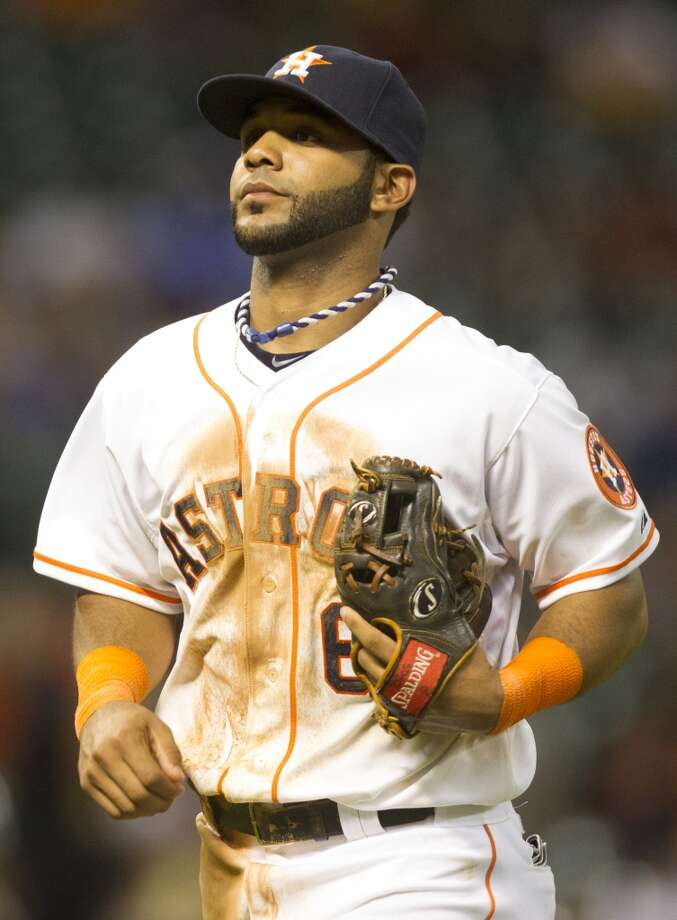 Jonathan Villar of the Astros runs to the dugout during the sixth inning. Photo: J. Patric Schneider, For The Chronicle