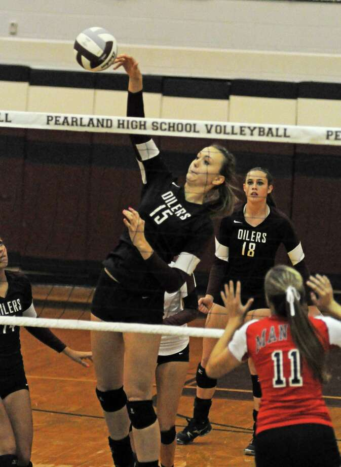 Pearland's Cassidy Nussman (15) is among the top talent on area teams set to compete in the Texas Volleyball Invitational in August. Photo: L. Scott Hainline