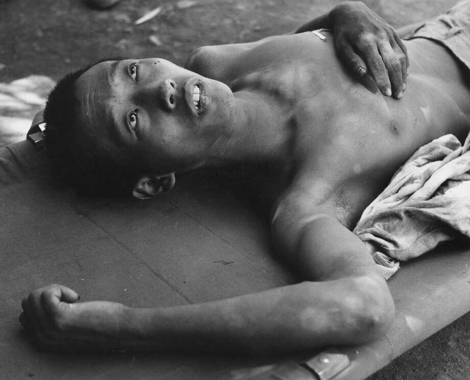 A North Korean prisoner of war captured during fighting near Taegu in South Korea. Photo: Bert Hardy, Getty Images / Picture Post