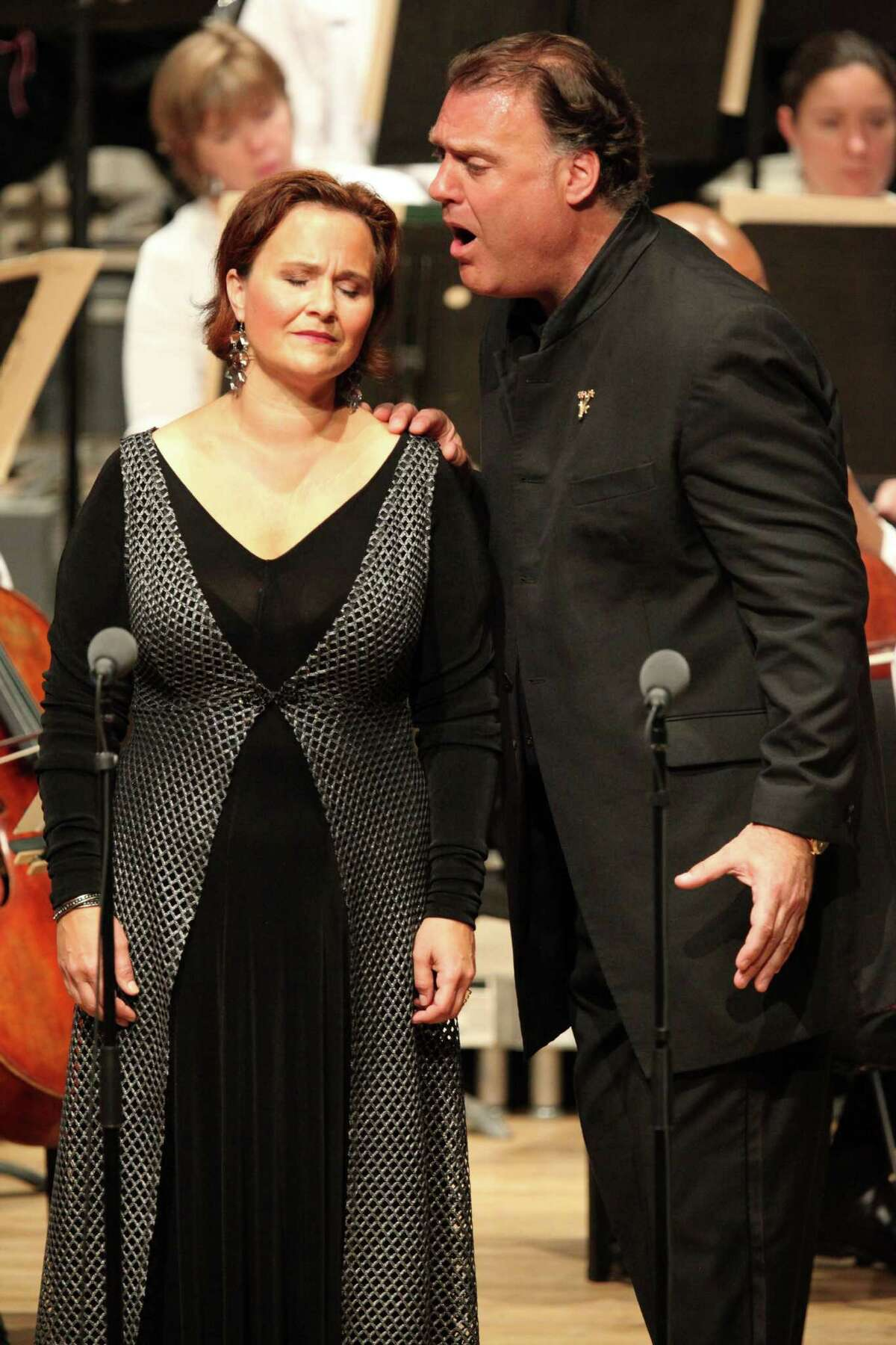 Soloists Bryn Terfel and Katarina Dalayman in the performance of Wagner's Die Walkure, Act 3 (Hilary Scott)