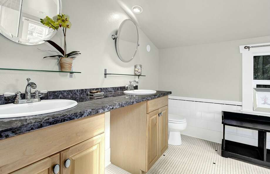 Bathroom of 2635 E. Aloha St. It's listed for $788,000. Photo: HD Estates, Courtesy Marcus Holmes, WaLaw Realty