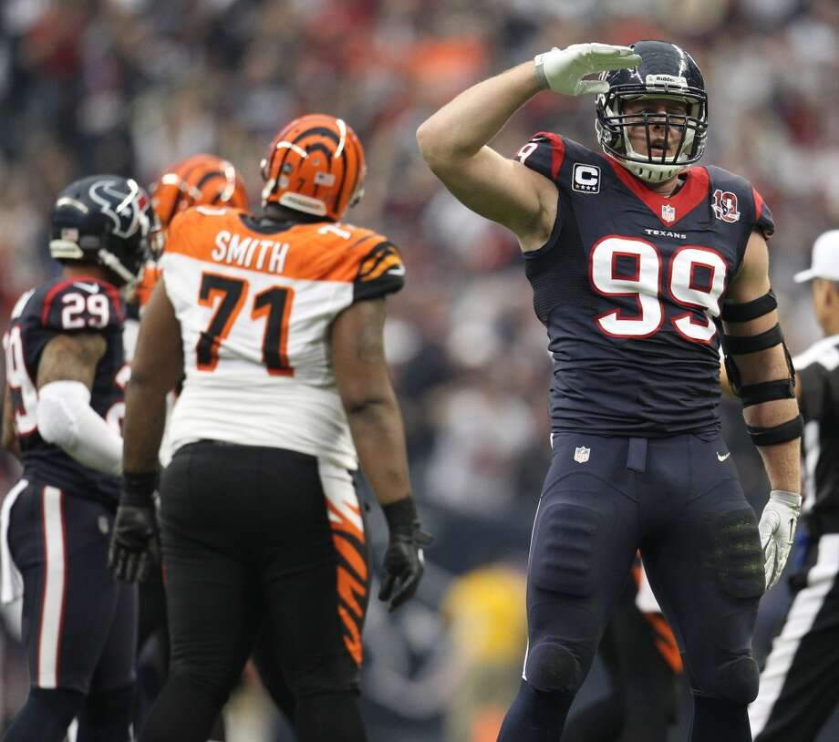 J.J. Watt (left defensive end) Photo: Karen Warren, Houston Chronicle