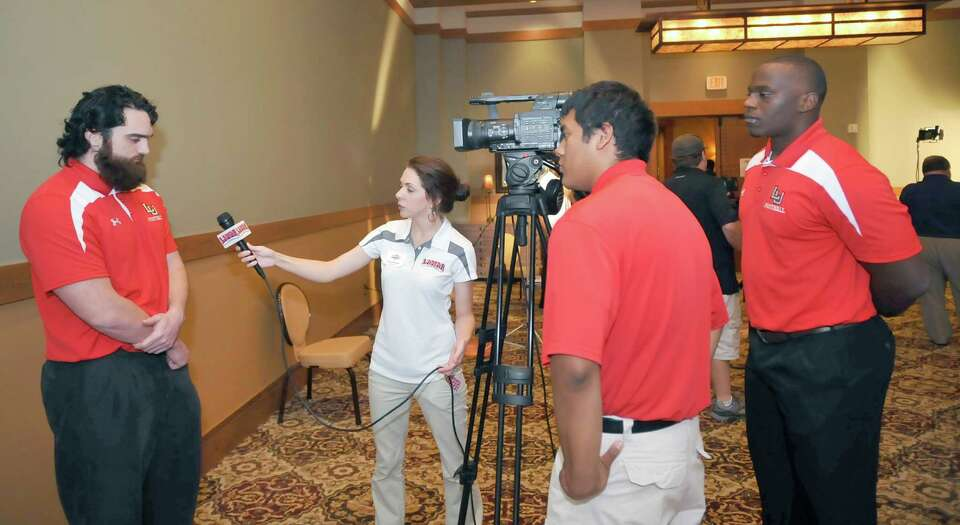 A part of the afternoon was devoted to one-on-one interviews with television stations and other vide