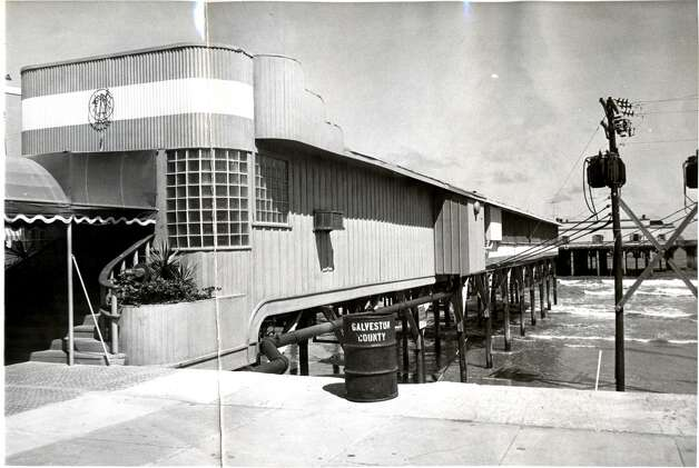 June 10, 1957: The Balinese Room at 2107 Seawall Blvd, Galveston.  Photo: Houston Chronicle Files