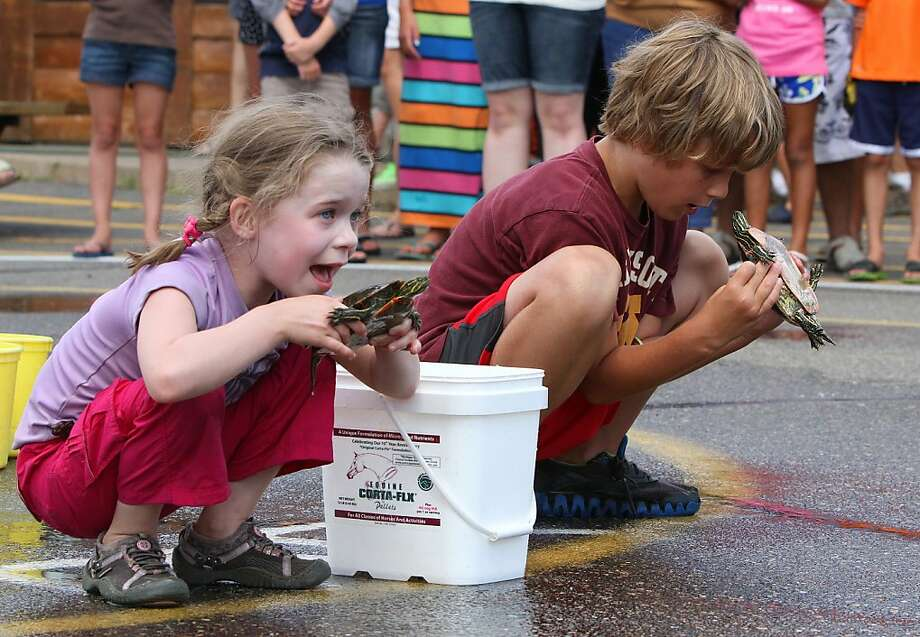 Remember, pace yourself:Talia Cairns and Jack Brennan give their racers a pep talk 