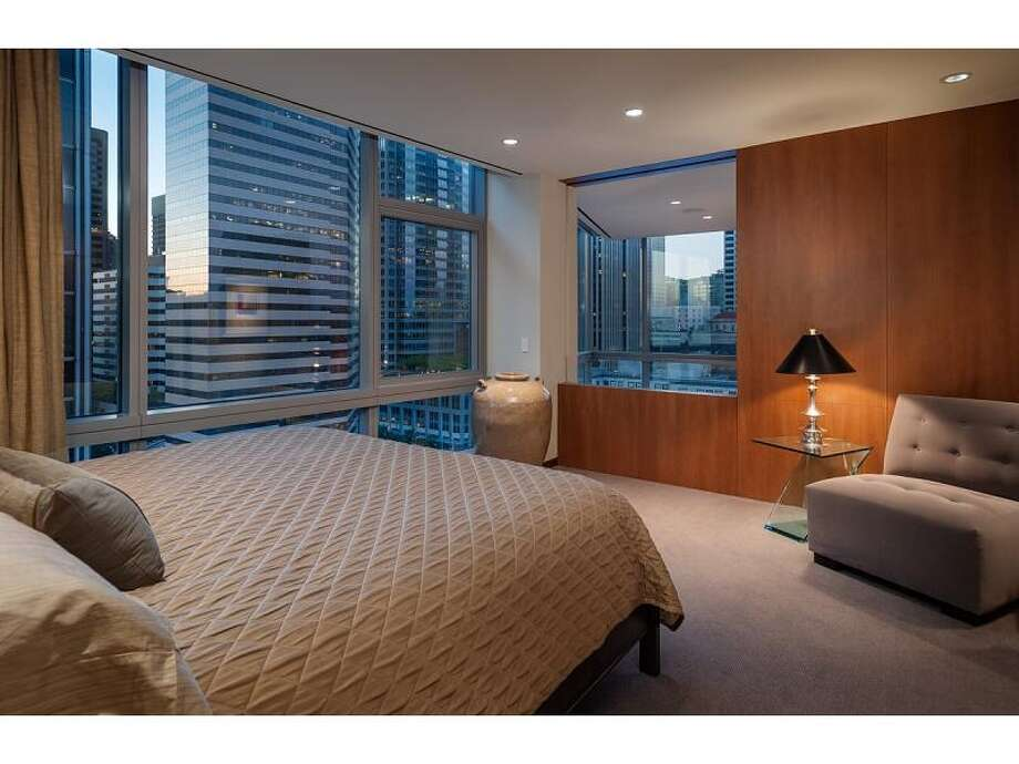 Guest suite of 715 2nd Ave., Unit 1504. It's listed for $2.7 million. Photo: Courtesy Julie Biniasz, Realogics Sotheby's International Realty