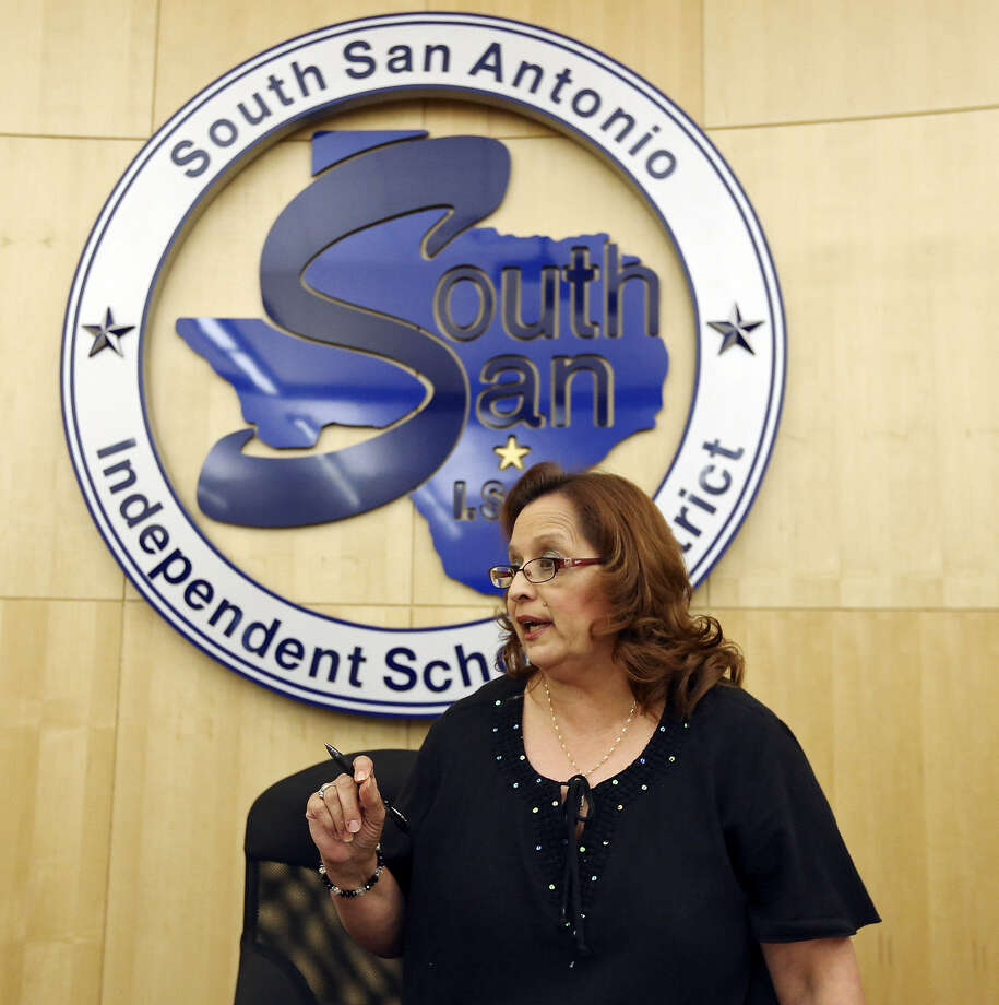 A reader, recounting the actions of South San Antonio Independent School District board President Rose Marie Martinez and others, cites 40 years of problems. Photo: Edward A. Ornelas, San Antonio Express-News