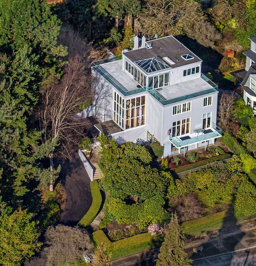 Aerial view of 1101 McGilvra Boulevard E. It's listed for $2.85 million. Photo: Matt Edington, Clarity Northwest, Courtesy Chris Sudore, King County Estates, Coldwell Banker Bain