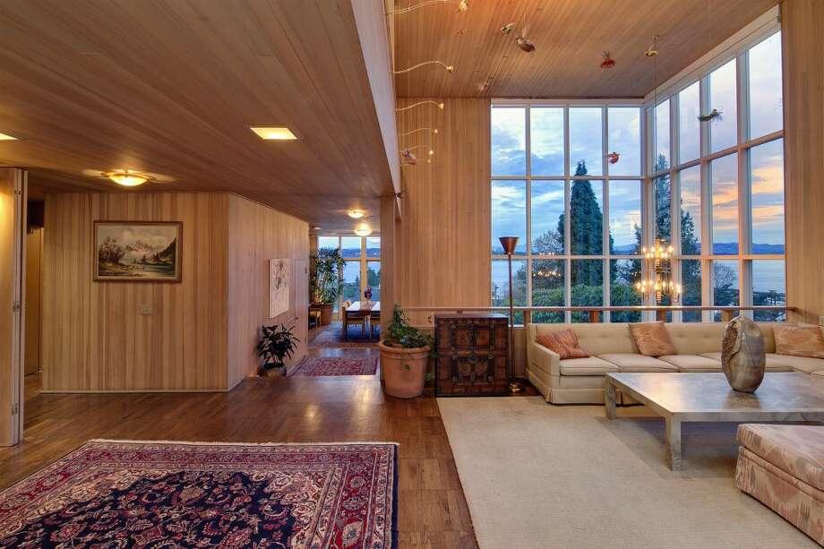 Living room of 1101 McGilvra Boulevard E. It's listed for $2.85 million. Photo: Matt Edington, Clarity Northwest, Courtesy Chris Sudore, King County Estates, Coldwell Banker Bain