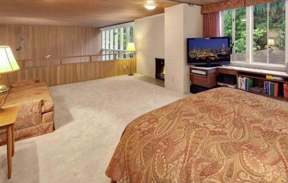 Bedroom of 1101 McGilvra Boulevard E. It's listed for $2.85 million. Photo: Matt Edington, Clarity Northwest, Courtesy Chris Sudore, King County Estates, Coldwell Banker Bain