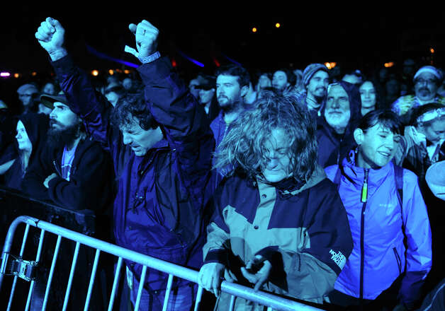 Fans enjoy the sounds of Dark Star Orchestra during the 18th Annual Gathering of the Vibes music festival at Seaside Park in Bridgeport, Conn. on Thursday July 25, 2013. Photo: Christian Abraham / Connecticut Post freelance