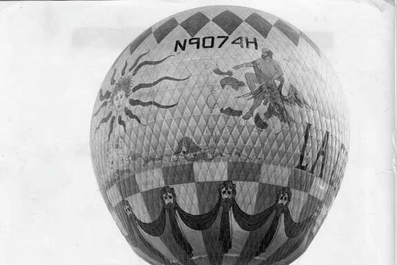"When Meyerland Plaza opened in 1957, an attraction was a balloon from the movie ""Around the World in 80 Days."" Because the center was on 80 acres, the theme was ""Around the Shopping World in 80 Acres."""