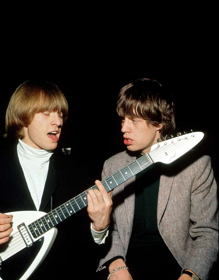 Portrait of Rolling Stones guitarist Brian Jones and singer Mick Jagger photographed in 1966. Photo: Photoshot, Getty Images / 2012 Photoshot