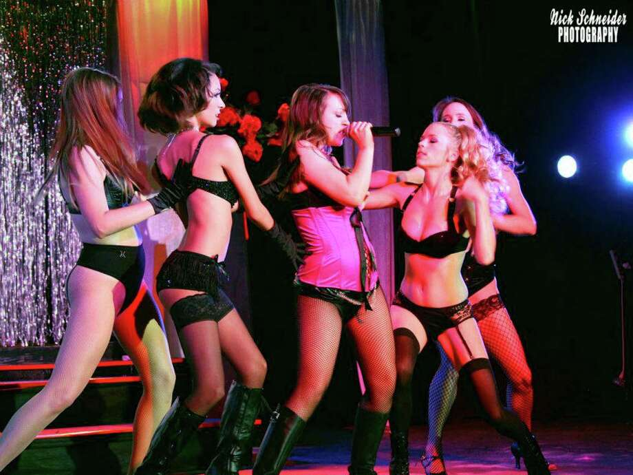 Houston Burlesque Revue. Photo: Nick Schneider Photography.