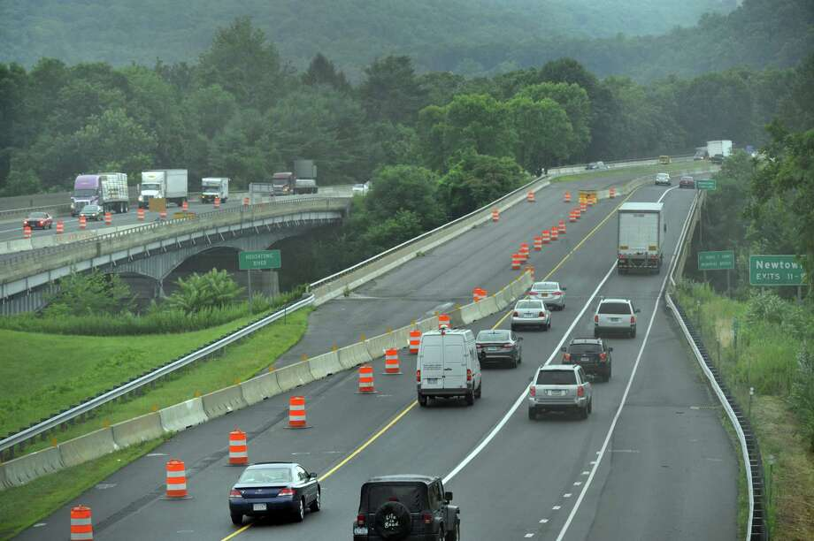 Repairs and construction are currently underway on a section of I-84 that crosses the Housatonic River on the Southbury/ Newtown, Conn. border, Friday, July 26, 2013. Photo: Carol Kaliff / The News-Times