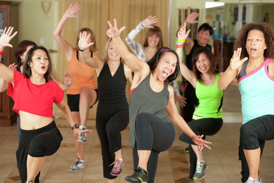 Is it possible to lose weight by busting out some jazz hands and engaging in some booty shaking?