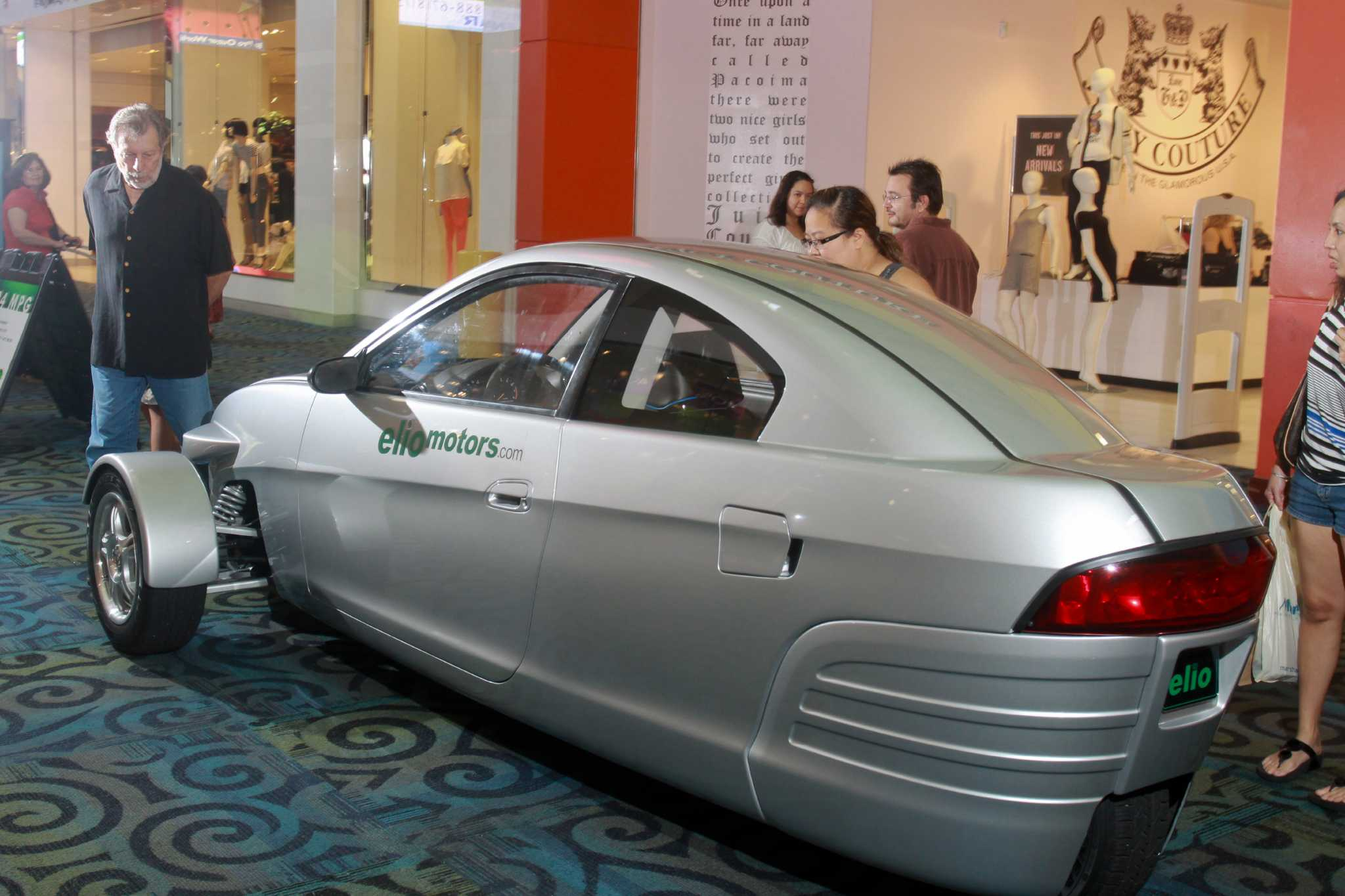 the elio draws attention at katy mills it has a engine