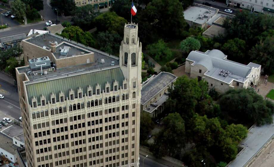 The Emily Morgan hotel stands next to the federal building while the Alamo can be seen surrounded by trees in the image. The Crocket Hotel and the Menger Hotel are seen at the very top of the image. Photo: William Luther, San Antonio Express-News / © 2012 San Antonio Express-News