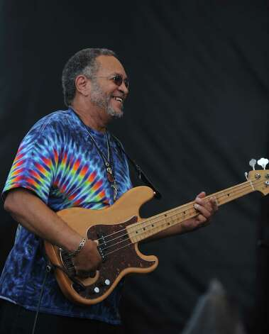 George Porter Jr. performs with Funky Meters during the 18th annual Gathering of the Vibes Musical Festival at Seaside Park in Bridgeport, Conn. Saturday, July 27, 2013. Photo: Autumn Driscoll / Connecticut Post freelance
