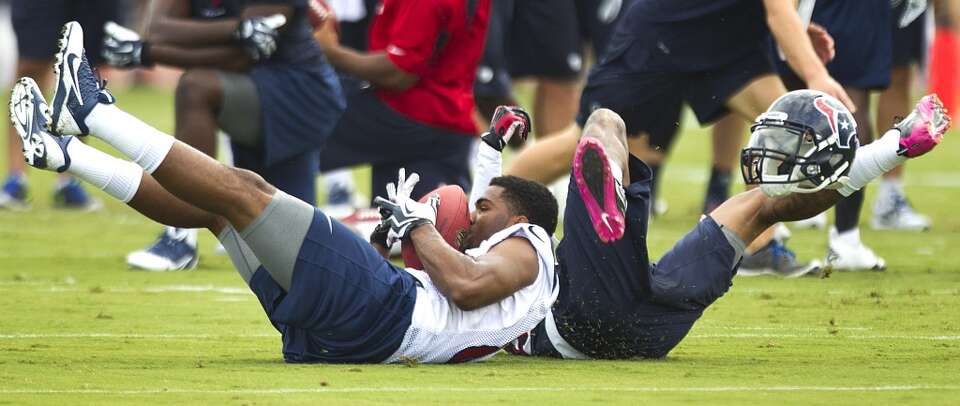 Texans players participate at day two of training camp.