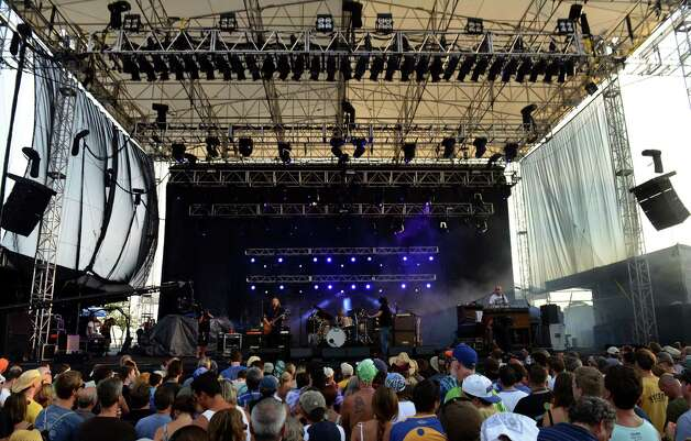 Gov't Mule performs during the 18th Annual Gathering of the Vibes music festival at Seaside Park in Bridgeport, Conn. on Saturday July 27, 2013. Photo: Christian Abraham / Connecticut Post freelance