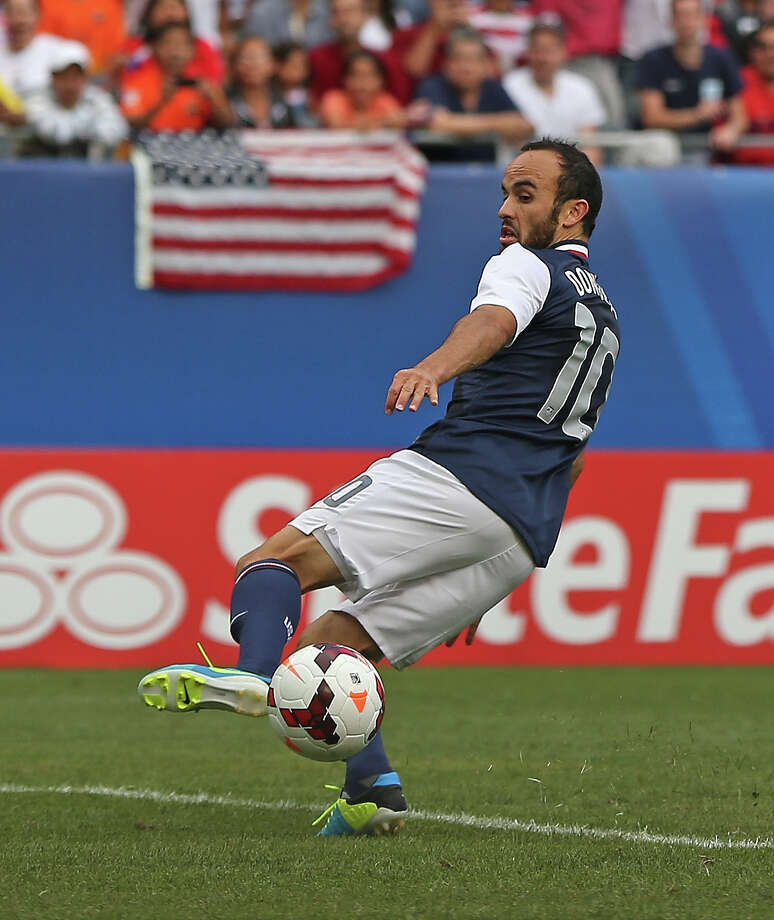 CHICAGO, IL - JULY 28: Landon Donovan #10 of the United States passes on the game-winning goal against Panama during the CONCACAF Gold Cup final match at Soldier Field on July 28, 2013 in Chicago, Illinois. The United States defeated Panama 1-0. Photo: Jonathan Daniel, Getty Images / 2013 Getty Images