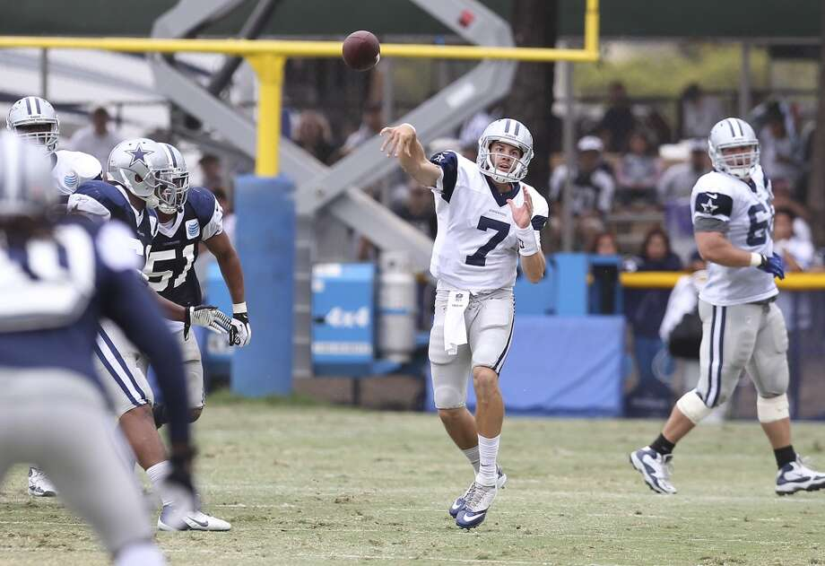Quarterback Alex Tanney (07) attempts a pass during practice and the Blue-White scrimmage at the 2013 Dallas Cowboys training camp on Sunday, July 28, 2013 in Oxnard, Calif. (Kin Man Hui / San Antonio Express-News) Photo: Kin Man Hui, San Antonio Express-News