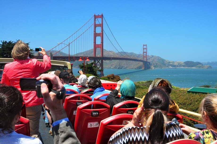 San Francisco can be hard to crack for uninitiated tourists, with many rookie mistakes to be made and traps to fall into. And while San Francisco welcomes and appreciates visitors, locals can't help getting a kick out of tourists' antics. Here are some strange things visitors here do. Photo: Robert Alexander, Getty Images
