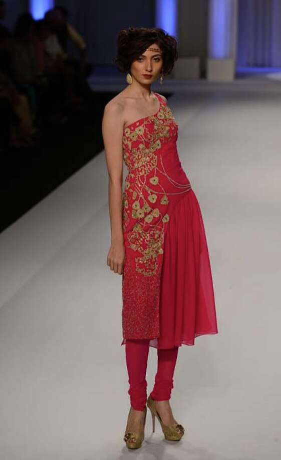 MUMBAI, INDIA  JULY 28: A modal walks the ramp for Adarsh Gill at Aamby Valley India Bridal Fashion Week 2013.(Photo by Parveen Negi/India Today Group/Getty Images) Photo: The India Today Group, India Today Group/Getty Images / Living Media India Limited