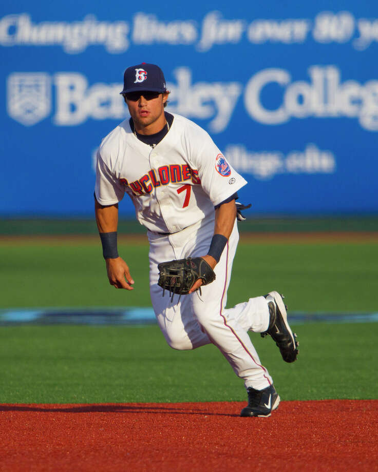 Brooklyn Cyclones 2B L.J. Mazzilli (7) covers 2B in the first inning against the Aberdeen IronBirds at MCU Park in Brooklyn Friday, June 21, 2013. Photo: Gordon Donovan, Contributed Photo / Connecticut Post Contributed / Gordon Donovan