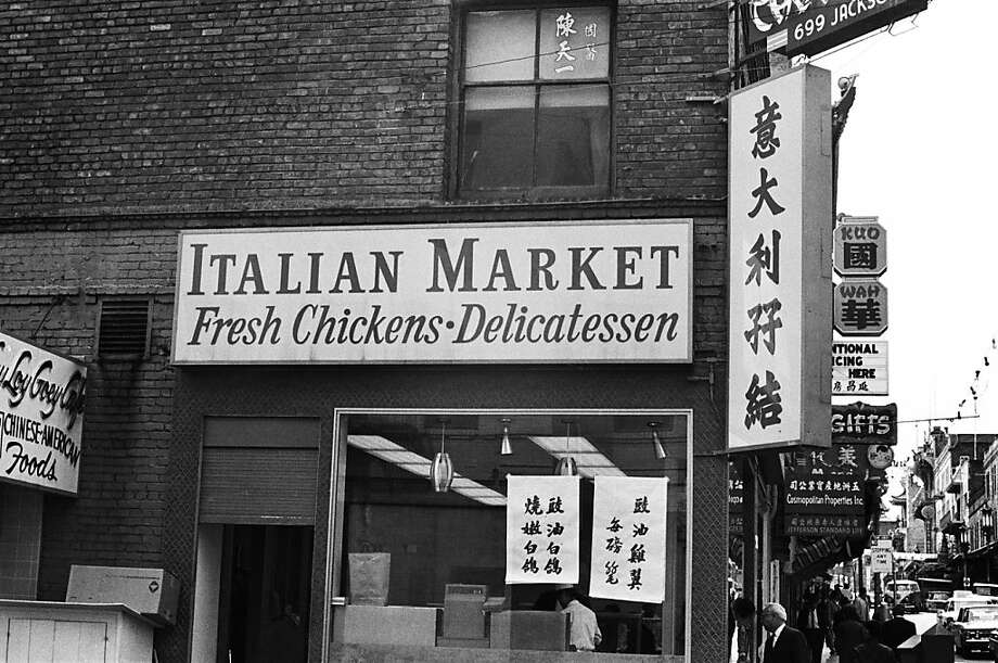 San Francisco's Chinatown, the largest outside of Asia, also has Italian markets in early summer 1967. Photo: Michael Ochs Archives, Getty Images