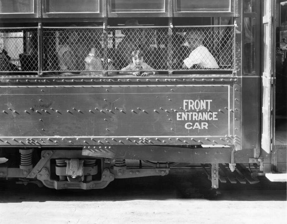 Ridership on San Antonio's streetcars peaked soon after World War I, after suburban expansion but before personal automobiles became common. Photo: File Photos