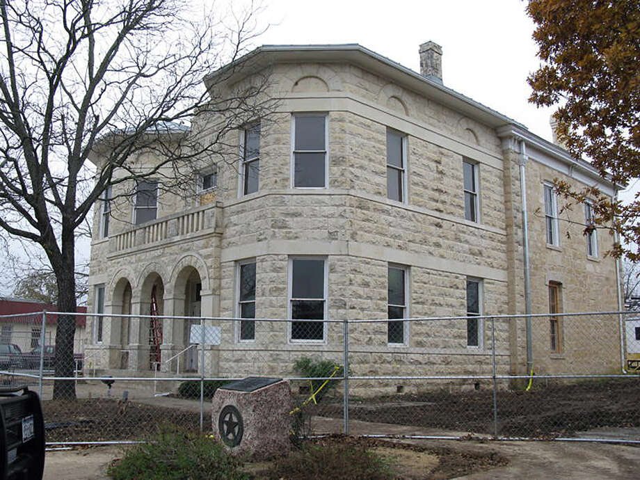 Work on the restoration of the historic Kendall County Courthouse in Boerne should soon be complete. Zeke MacCormack/zeke@express-news.net Photo: Zeke MacCormack, San Antonio Express-News / zeke@express-news.net zeke@expre