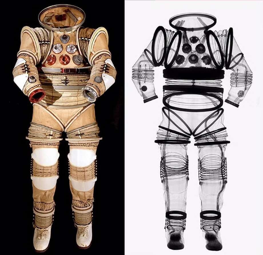 EX-1A Apollo Applications Project suit and its X-Ray