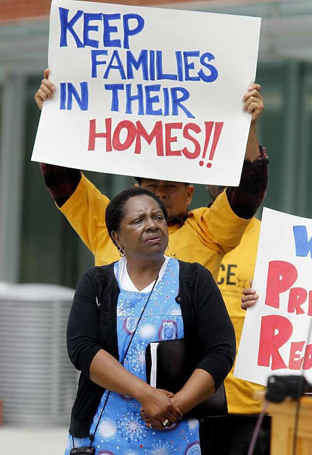 Doris Ducre, whose home is worth $200,000 less than she owes on the mortgage, spoke at a rally suppporting Richmond's plan to use eminent domain to seize and restructure underwater mortgages. Photo: Brant Ward, The Chronicle