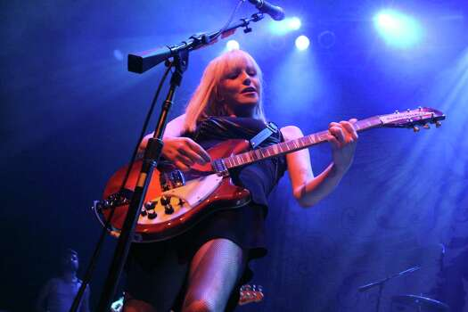 Courtney Love of Hole performs at The House of Blues 07/06/10.  Bill Olive Photography 2010. Photo: Bill Olive, Freelance / Freelance