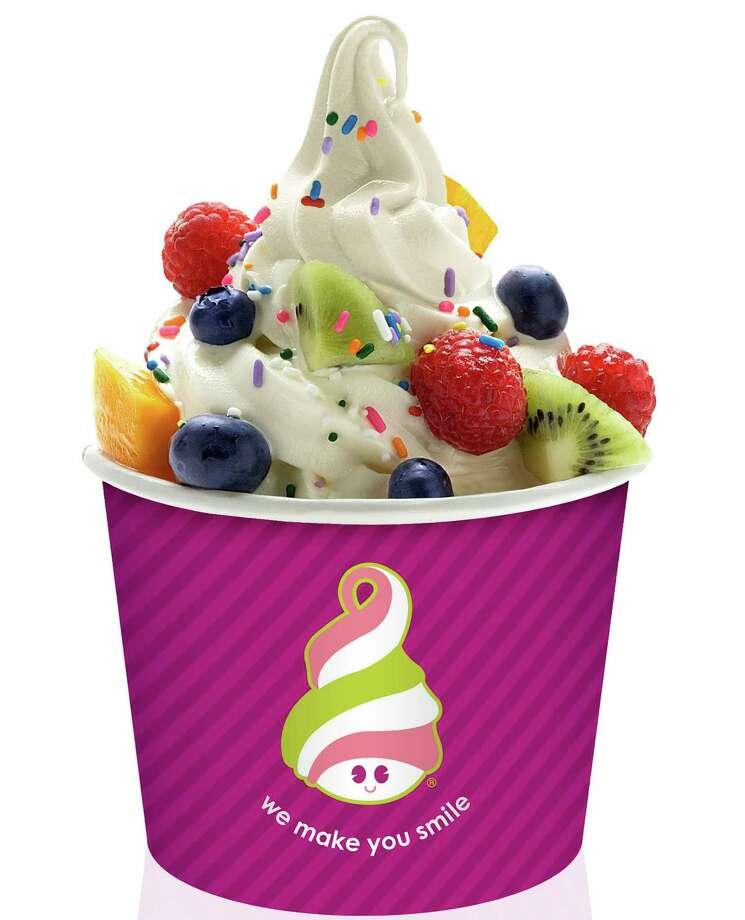 MENCHIE'S PHOTO  Menchie's frozen yogurt
