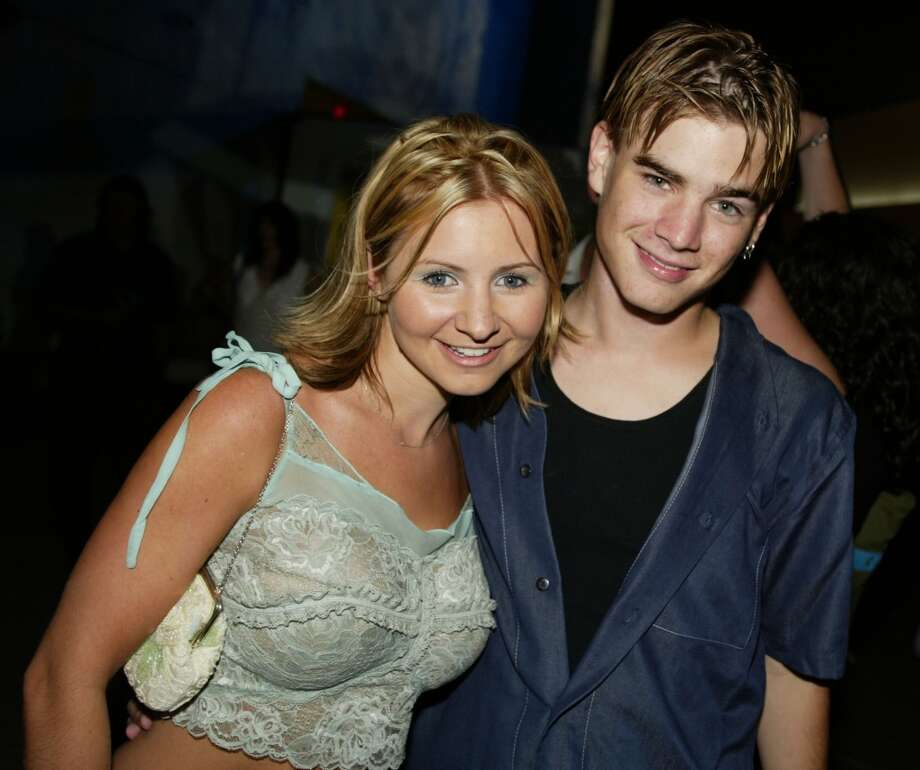 Beverley Mitchell and David Gallagher in 2002. Photo: Kevin Winter, Getty Images