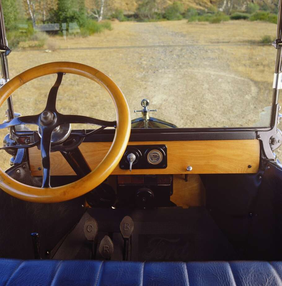 The road ahead, inside a 1919 Ford Model T Touring. Photo: Car Culture, Getty Images/Car Culture
