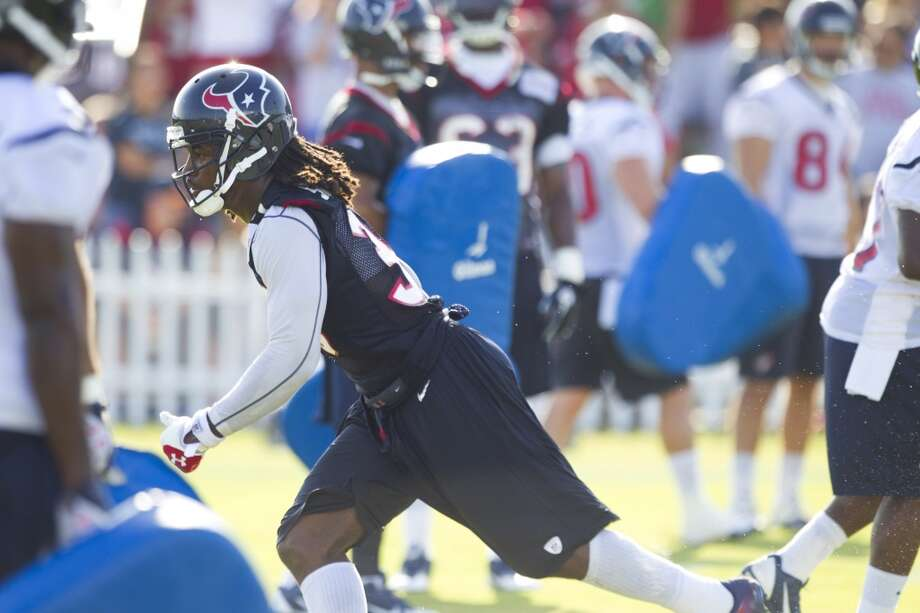 Safety D.J. Swearinger runs through a special teams drill. Photo: Brett Coomer, Chronicle