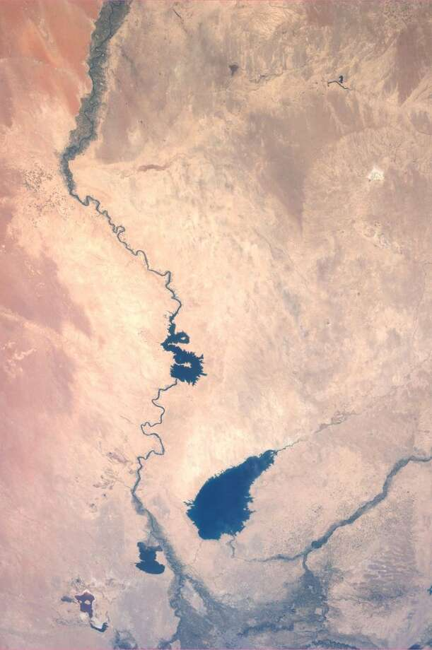 The Euphrates River, Iraq. Taken July 6, 2013. KN from space. Photo: Karen Nyberg, International Space Station