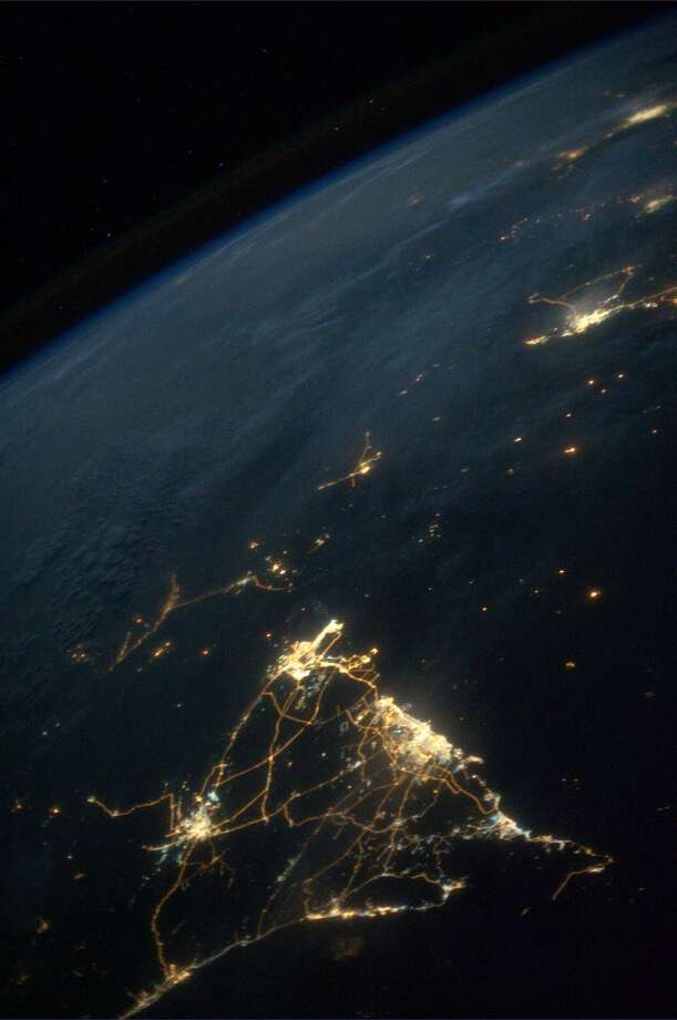 Oman and United Arab Emirates, on July 19, 2013.  Photo: Karen Nyberg, International Space Station