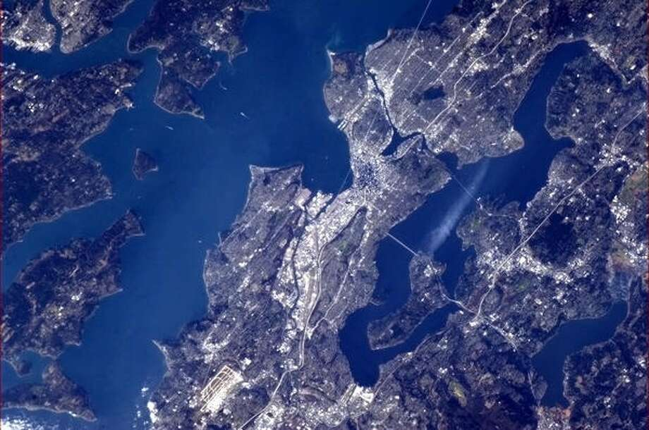 Seattle WA. Look carefully, you can see Pike Place Market 29 weeks ago CH jan 3 2013 Photo: Chris Hadfield,  Internationship Space Station