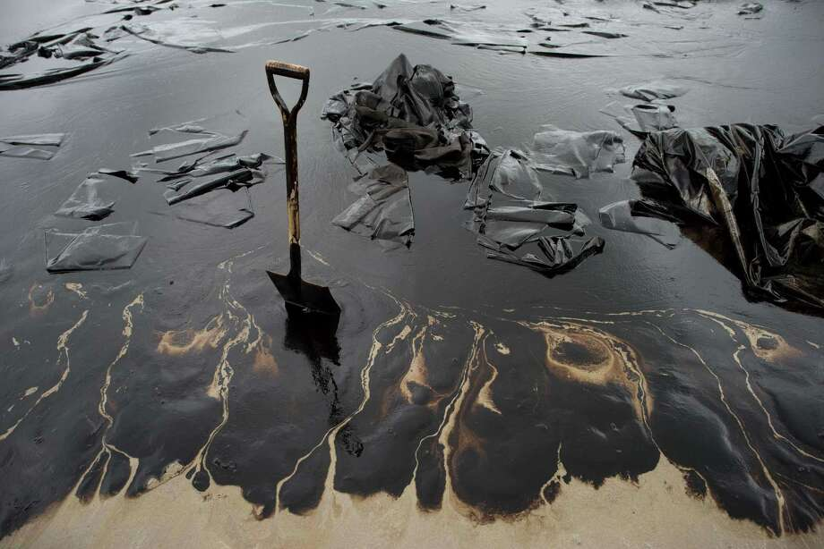 Can an oil slick stop a hurricane?A University of California-Berkeley researcher threw out an idea that ancient mariners might have been onto something when they dumped oil onto troubled waters. He believes a similar method could reduce the surface tension of water and prevent droplets from forming. Photo: NICOLAS ASFOURI, AFP/Getty Images / AFP